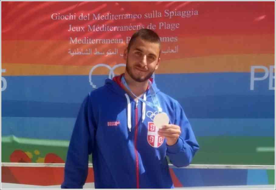 Andrej Matić je osvojio drugo mesto u disciplini 4 km u plivanju perajima na Mediteranskim igrama